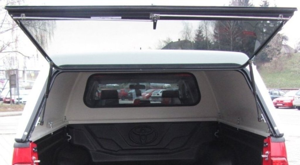 Hardtop má klasické americké zadní okno