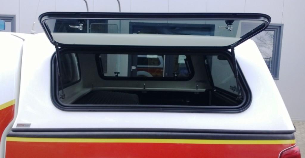 Otevřené boční okno - B7